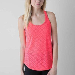 UNDER ARMOUR Waterfly Chaos Water Tank Top